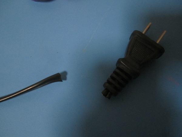 コンセントプラグ修理 (8)