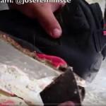 加水分解したNIKEのビンテージスニーカーを復活させるマニアの熱い動画!